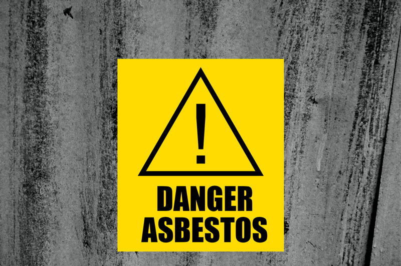 160808 danger asbestos roof